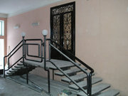 Лестницы на металлокаркасе,  перила, ограждения.