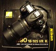 Nikon D9O SLR