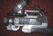 Продам профессиональную видеокамеру SONY DSR 200