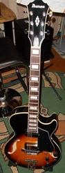 Продам гитару полуакустика IBANEZ AG75- BS